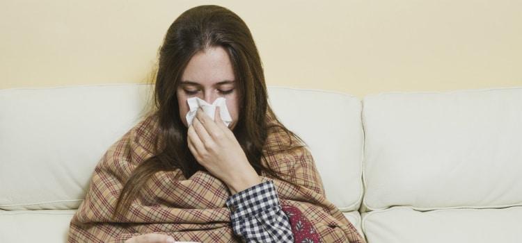 benefícios do alho para cura de resfriados