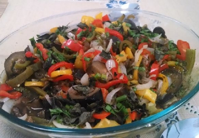 salada de berinjela ao forno